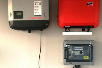 instalacja-fotowoltaiczna-falownik-zabezpieczenie-licznik-zielonyVOLT